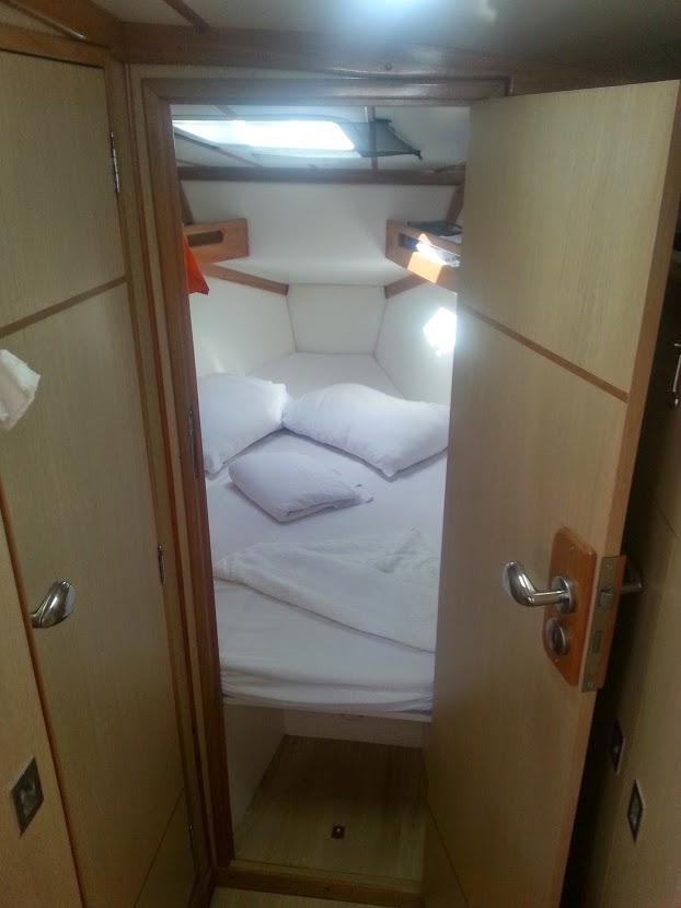 21 - cabine proa 1