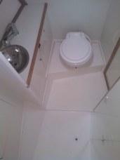Banheiro e Box da Suíte de Proa