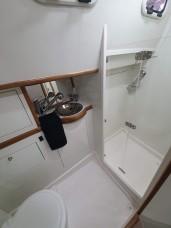 Banheiro e Box Suíte de Popa Bombordo